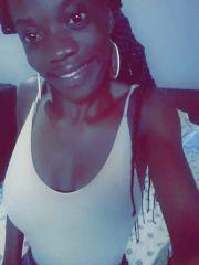 Teen girls Luanda